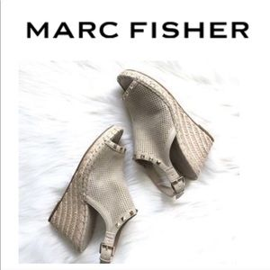 Marc Fisher Senton Wedge Perforated Leather 7.5
